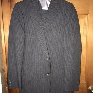 "3 Piece Suit by Haggar size 40L & 34""x34"" pants"